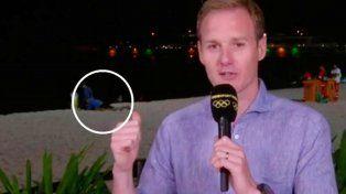 ¿Los agarraron teniendo sexo en vivo, en la playa de Copacabana?