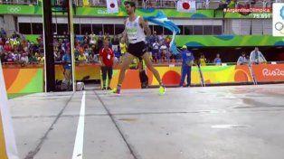 La emotiva llegada del atleta entrerriano durante la maratón en Río
