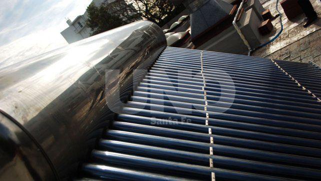 Tubos de vidrio al vacío. Es una de las técnicas utilizadas por estos equipos para calentar el agua.