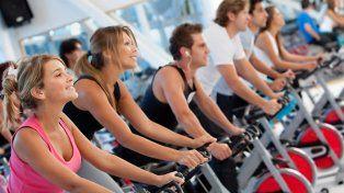 Un gimnasio te suspende si no perdés peso