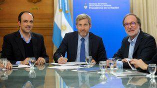 José Corral y Rogelio Frigerio pusieron en marcha la licitación del desagüe Espora