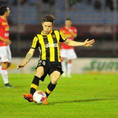 En Uruguay afirman que Colón podría hacer una oferta por el volante de Peñarol: Nahitan Nández