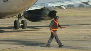 Los trabajos que se realizarán en el aeropuerto dotarán de un nuevo balizamiento e iluminación