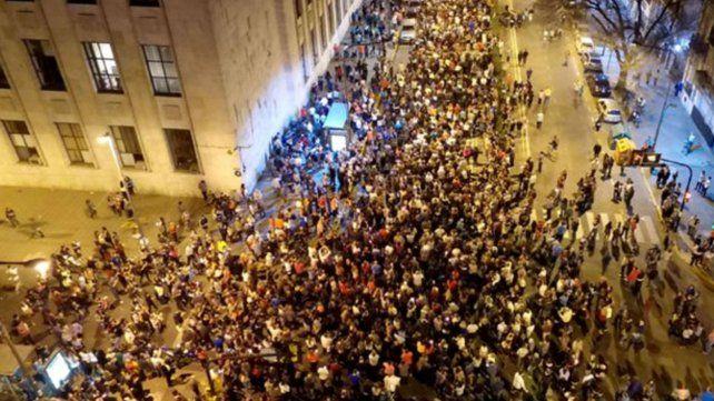 Rosario: imponente y multitudinaria marcha contra la inseguridad y por justicia