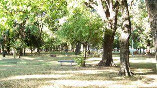 Los vecinos de Jardín del Líbano piden limpieza, mantenimiento y obras