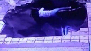 Un hundimiento de una vereda que se tragó a cinco personas