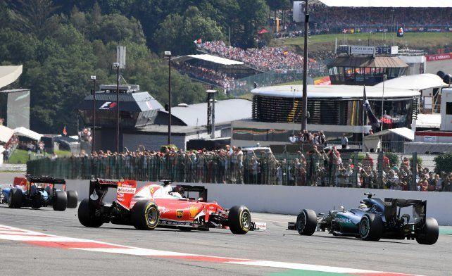 Caótica largada y accidente en el GP de Bélgica: ¿quién tuvo la culpa?