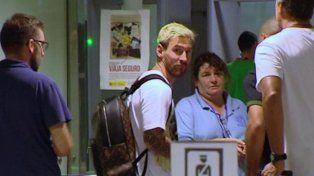 ¡Qué bien te queda el rubio Barbieri!, el grito de Jey Mammon a Messi