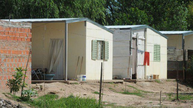 Inauguran viviendas en barrio Las Lomas