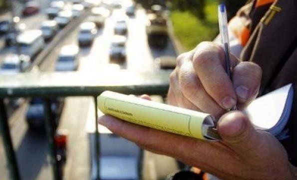 Aseguran que no es obligatorio abonar multas de tránsito impagas para realizar trámites en el Registro Automotor