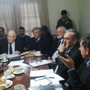 Encuentro. Los senadores recibieron al fiscal general, Julio de Olazábal, y al ministro de Justicia y Derechos Humanos, Ricardo Silberstein.