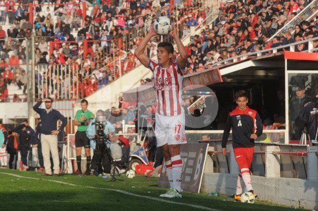 El lateral izquierdo se ganó un lugar como titular por la lesión de Bruno Pittón en el inicio del torneo.