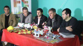 Jatón presentó el curso de árbitros para presos de la cárcel Las Flores