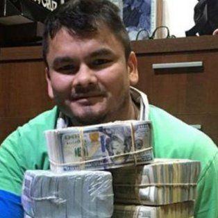 el chino maidana publico una foto mostrando una montana de dolares y luego se disculpo