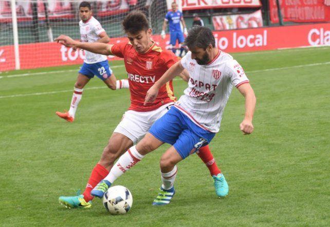 Pipa Villar se ganó un lugar en el equipo titular en base a su experiencia y buen rendimiento en el partido ante Estudiantes.