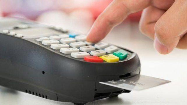 Ya se pueden pagar servicios e impuestos con tarjeta de débito