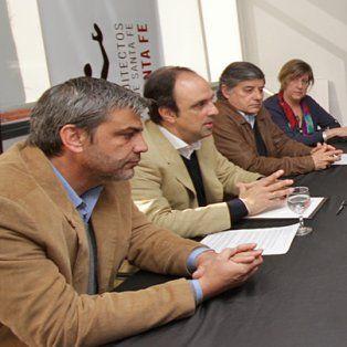 Convenio. Este jueves se lanzó el concurso nacional, entre autoridades municipales y del Colegio de Arquitectos.