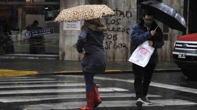 Rige un alerta por tormentas fuertes que abarca el sur provincial