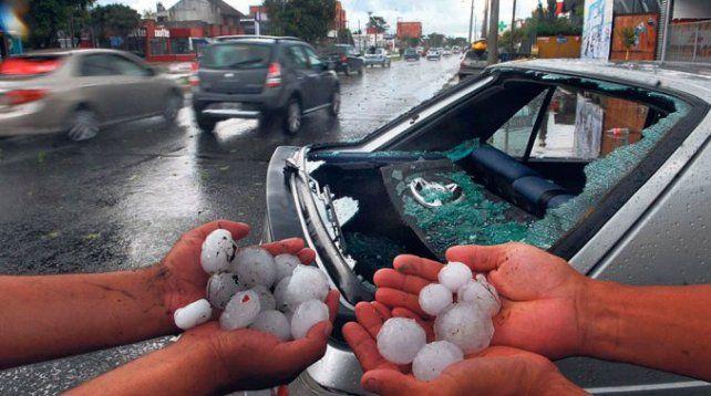 Tremendo granizo en el sur de Córdoba: vecinos subieron fotos de las piedras