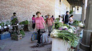 Antecedente. Hoy la feria de los productores locales funciona los sábados en el Mercado Progreso.