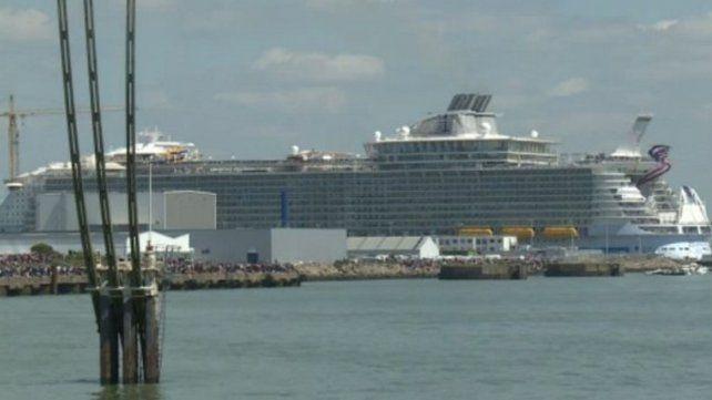 Un muerto y cuatro heridos en un accidente del crucero más grande del mundo