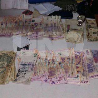 detuvieron a tres colombianos con dolares falsos en santo tome