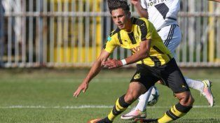 La escalofriante fractura que sufrió un futbolista de 18 años en Europa