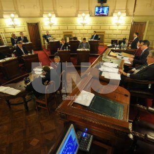 media sancion a la comision de la mujer