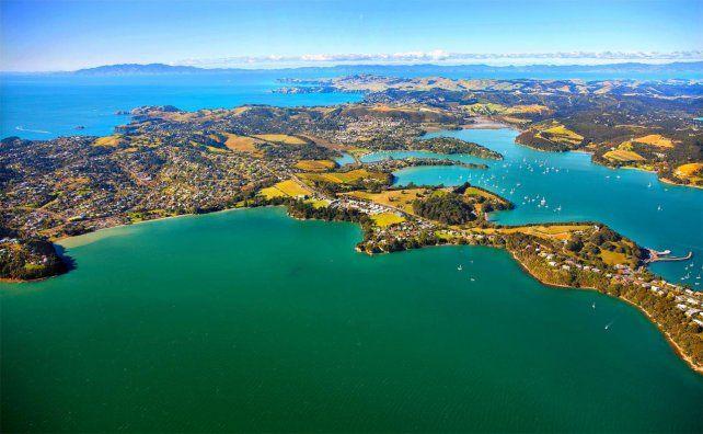 Así se ve desde la altura la isla deWaiheke en Nueva Zelanda