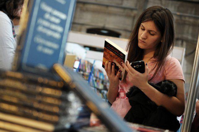 Con una gran Barata continúa la Feria del Libro en la Estación Belgrano