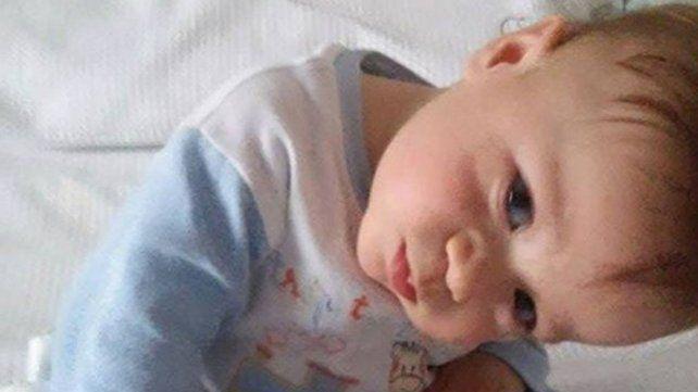 Un nene que necesita trasplante de médula moviliza a Firmat