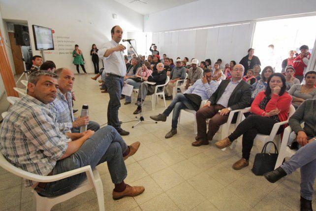Corral presentó obras millonarias para mejorar la calidad de vida de los vecinos de Barranquitas