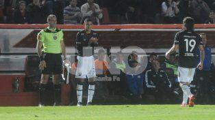 Tomás Sandoval el pasado viernes cuando reemplazó a Ismael Blanco en el final del juego ante Talleres.