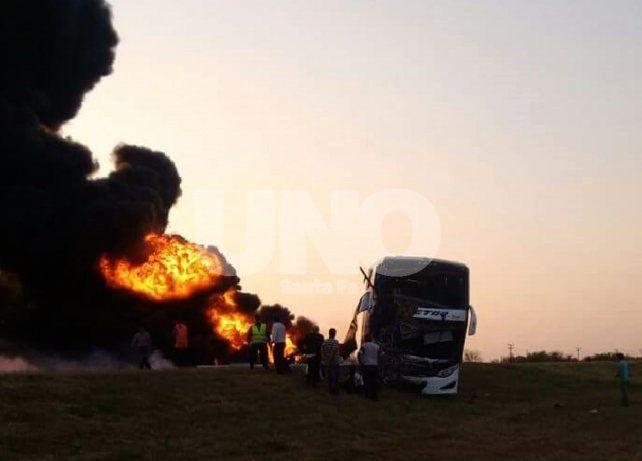 Visible. Los conductores de distintos vehículos dijeron que vieron las llamas del incendio de varios kilómetros