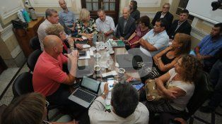 Sin respuesta. El gobierno provincial desoyó el pedido de los sindicatos de los docentes.