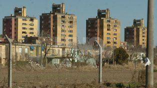 En las Flores. El caso generó una profunda conmoción en la populosa barriada de la capital provincial.