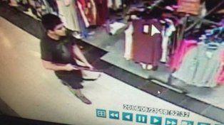 Cinco muertos por un tiroteo en un shopping de Estados Unidos