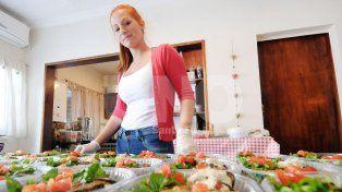 Lò Dulce Salado. Lorena Ferreira arranca bien temprano y se ocupa de cada uno de los detalles.