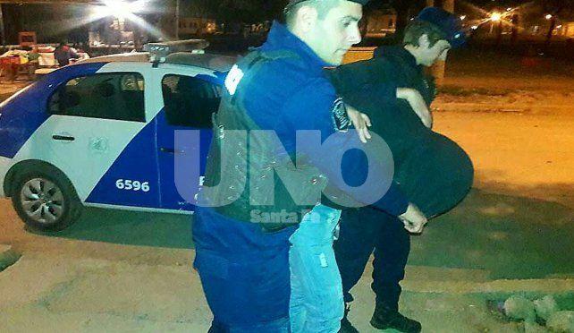 Detuvieron a dos parejas que le robaron a un taxista en Barrio Constituyentes