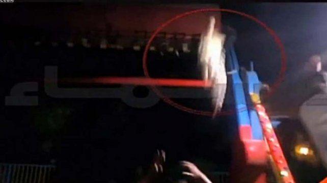 Un hormbre murió por un accidente en un parque de diversiones en Pakistán