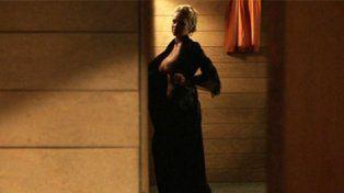 A los 49 años protagonizó un desnudo caliente para una película