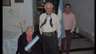 Tienen 87 y 89 años, y fueron abanderados y escoltas de la bandera