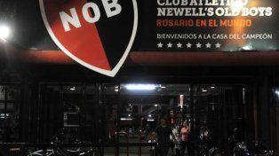 Arrojaron un explosivo en la sede de Newells Old Boys
