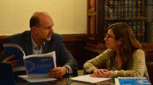 Perotti expresó su preocupación por la caída en las partidas para ciencia