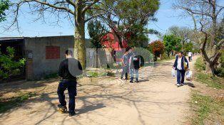 Peritajes. En la manzana 4, adonde fue asesinado con un tiro Cristian Arredondo cuando volvía a su casa.