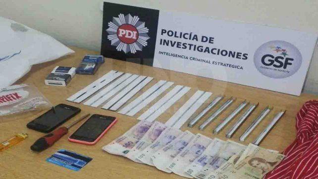 Detuvieron a dos hombres que se dedicaban a robar dinero de cajeros automáticos