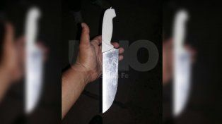 Le secuestraron una cuchilla de 20 centímetros a un  pasajero de un colectivo de la Línea 5