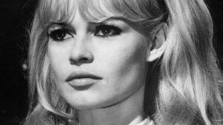 20 fotos sin Photoshop de Brigitte Bardot