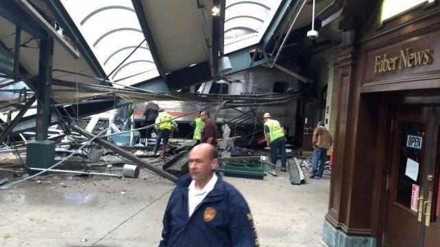 Se estrelló un tren en Nueva Jersey: hay tres muertos y al menos 100 heridos