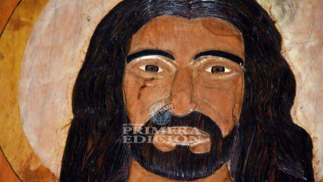 Conmoción en Misiones por un Cristo que llora sangre